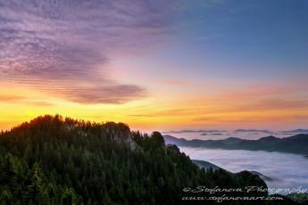 Изгрев над Родопите